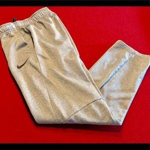 Nike Dri-Fit Fleece Lined Sweatpants 🏀 Small
